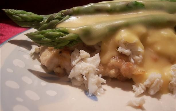 Chicken Oscar from Food.com: This is a very simple, yet elegant entree which is especially nice for a romantic meal. It's best if you can find fresh dungeness crab, but even canned crab will work. This is a popular dish served in restaurants on the West coast.