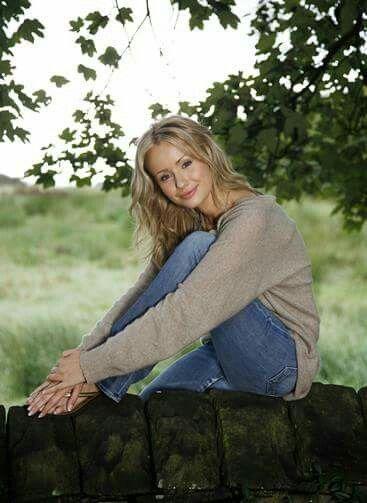Michelle Natalie Goulding // 28. Counselor. Sammy Winward.
