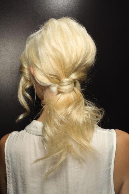 Come sfoggiare la perfetta coda di cavallo - hairstyle.com