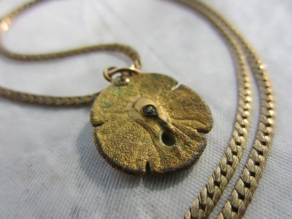 70s Sand Dollar Necklace in Gold Tone