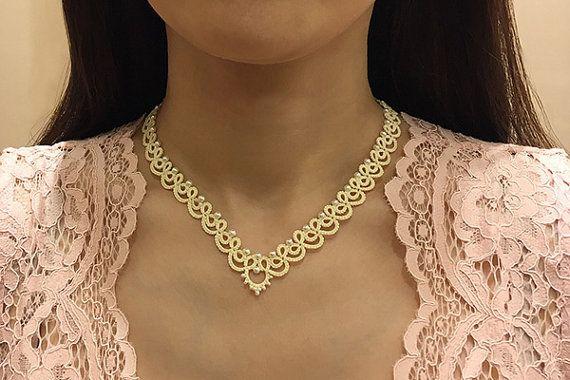 Tatting lace necklace / bracelet pdf pattern Blanche par TheKimAndI