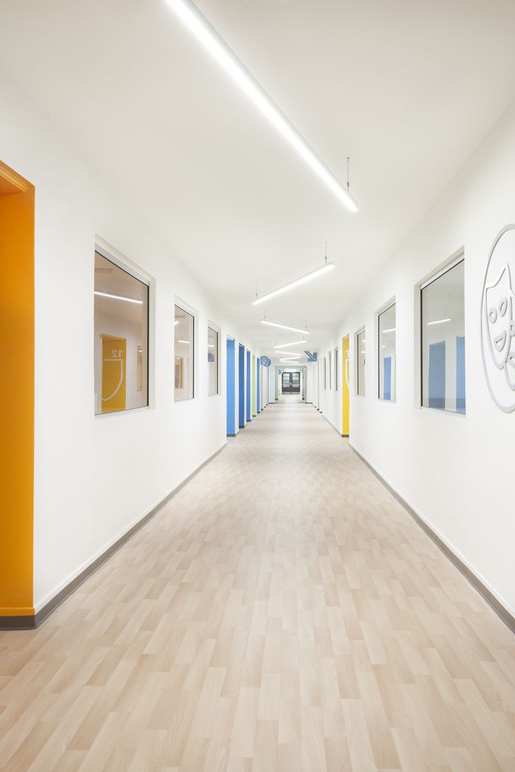 Académie Sainte-Anne Academy - école primaire / elementary school - corridor / hallway - par / by Taktik design