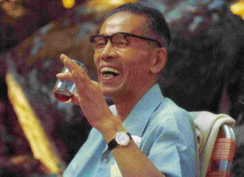 O CURĂ DE 10 ZILE, creată de un medic JAPONEZ, promite SĂ VINDECE orice boală și SĂ REÎNTINEREASCĂ întreg organismul!