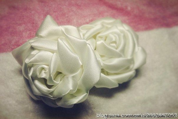 Роза из атласной ленты. Мастер-класс.