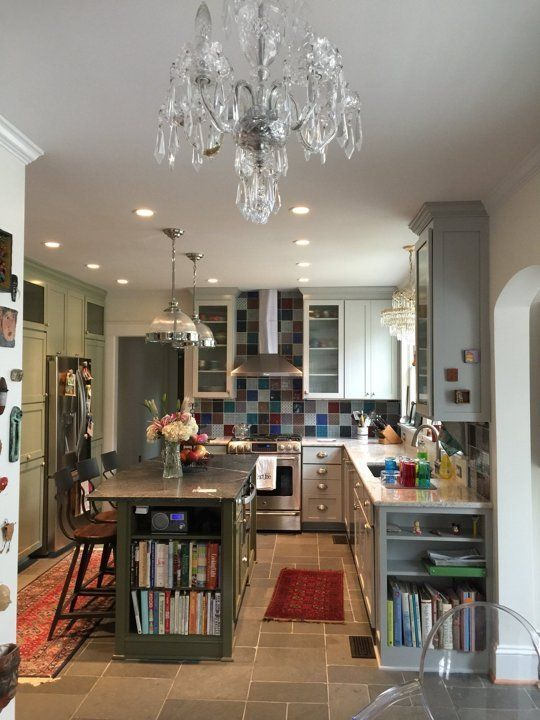 Maryann 39 s creative craftsman bungalow in bellevue for Small kitchen ideas apartment therapy