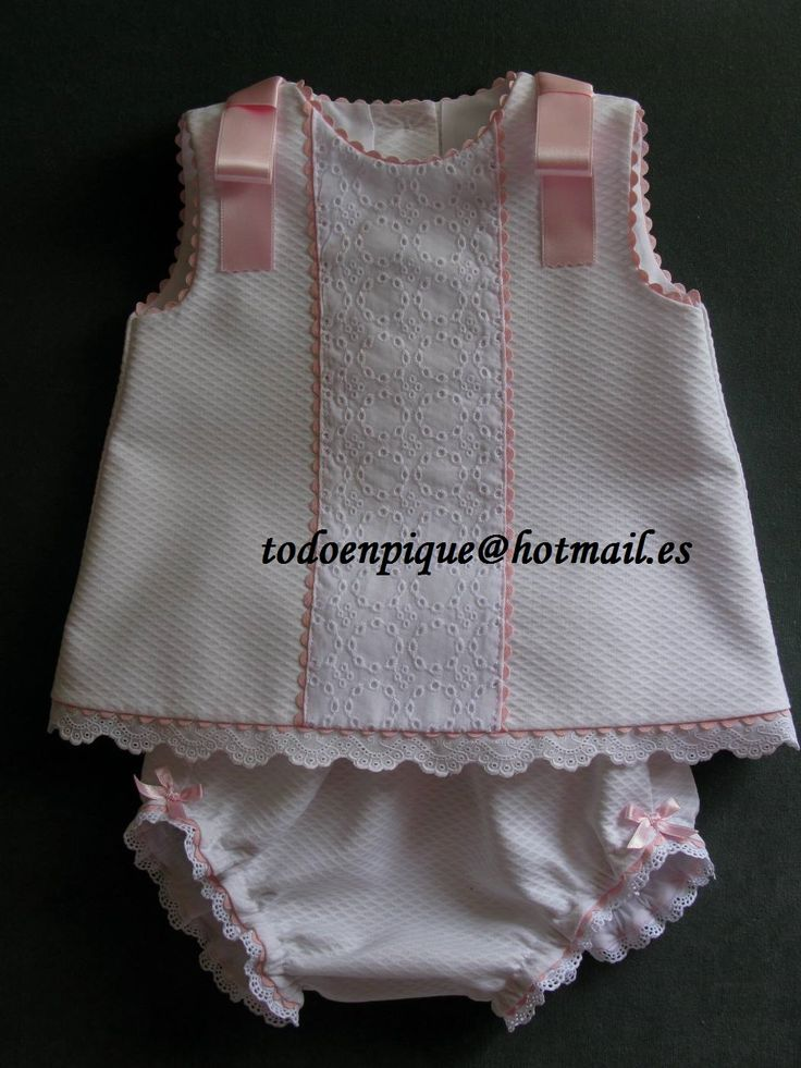 Two piece set for baby available in the on line shop http://todoenpiqueparabebe.com/