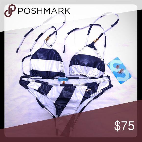 SAV • Navy Bikini Set Gold details, lovely bikini. SAV Swim Bikinis