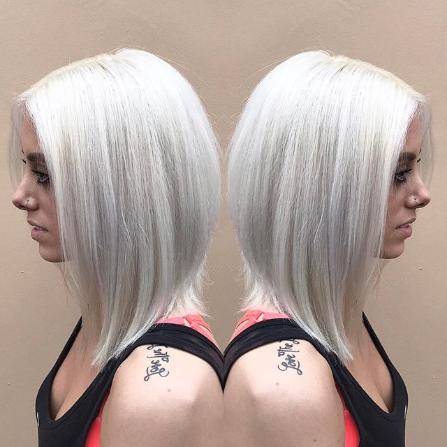 So white 😭😍 • • • • • • • • • • • • #behindthechair#americansalon#hotonbeauty#modernsalon#behindthechair#stylistshopconnect#beautylaunchpad#btcpics#hairbrained#hairinspiration#nothingbutpixies#schwartzkopf#authenticityhairarmy#kyliejenner#blondehair#whitehair#blonde#hair#haircolor#tutorial#hairvideo#makeupvid#losangeles#ochair @behindthechair_com @modernsalon @american_salon @buzzfeed @stylistshopconnect @colortrak @fanola_usa @schwarzkopfusa @f18hair