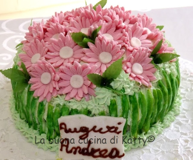 Torta bouquet di margherite rosa