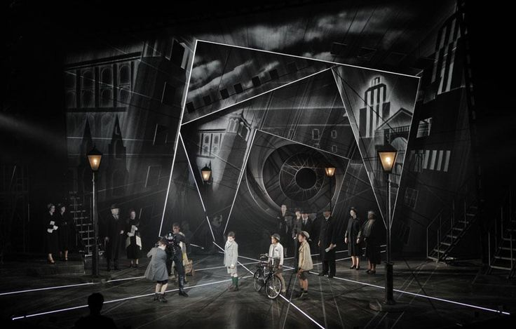 Emil and the Detectives. National Theatre. Designer - Bunny Christie. Projection and Animation design by 59 Productions.