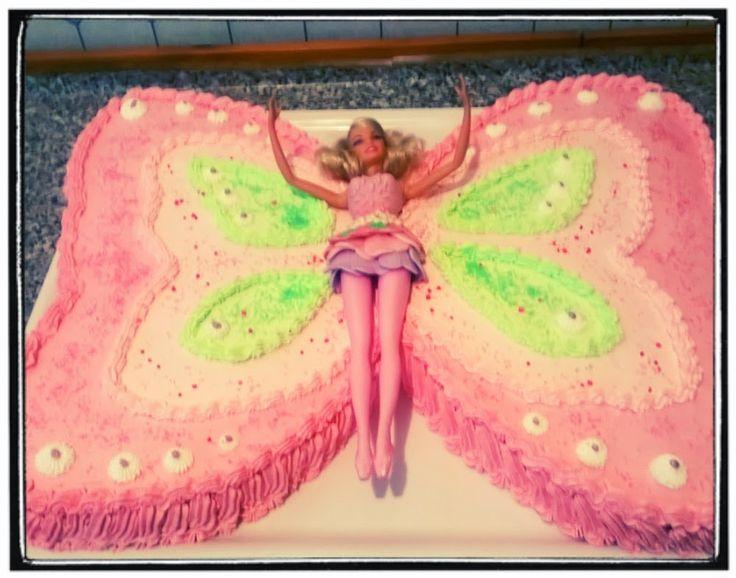 torta barbie farfalla,pan di spagna con crema alla zuppa inglese decorata con panna