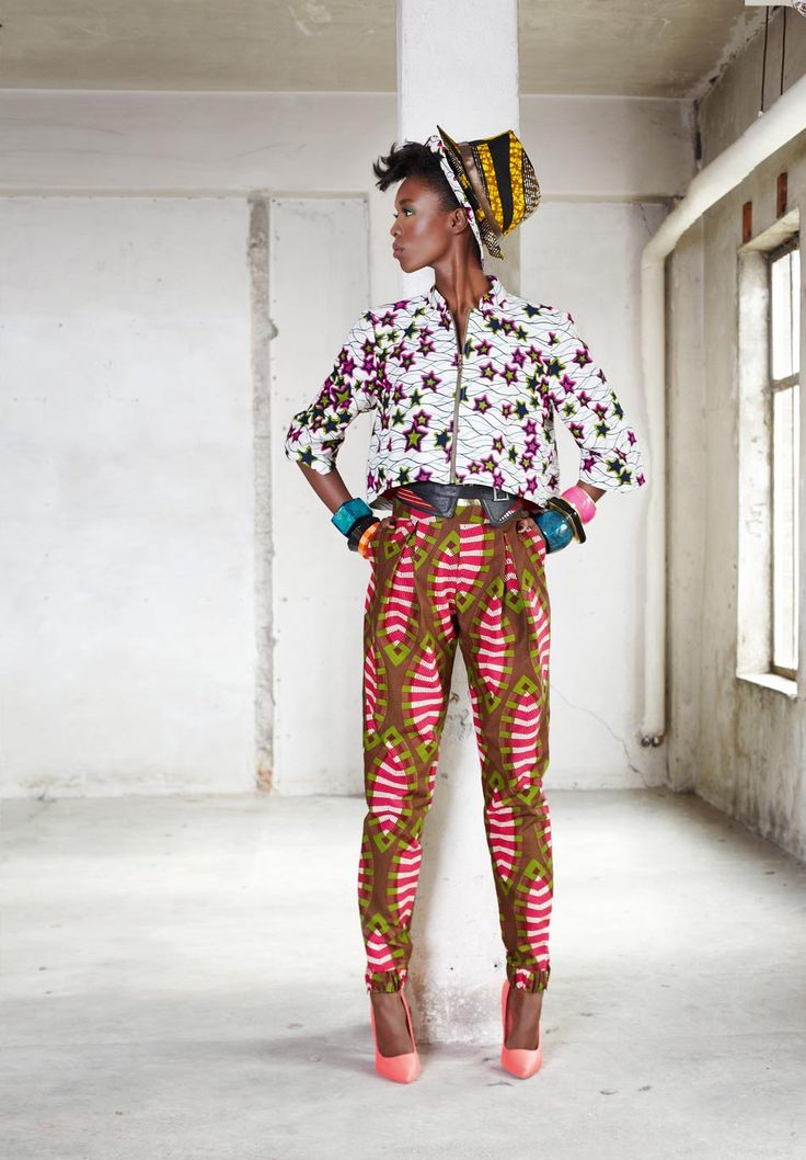 Waves, Stars, stripes, wonderful CLASHING patterns ! Vlisco Funky Grooves Collection Fashionlooks
