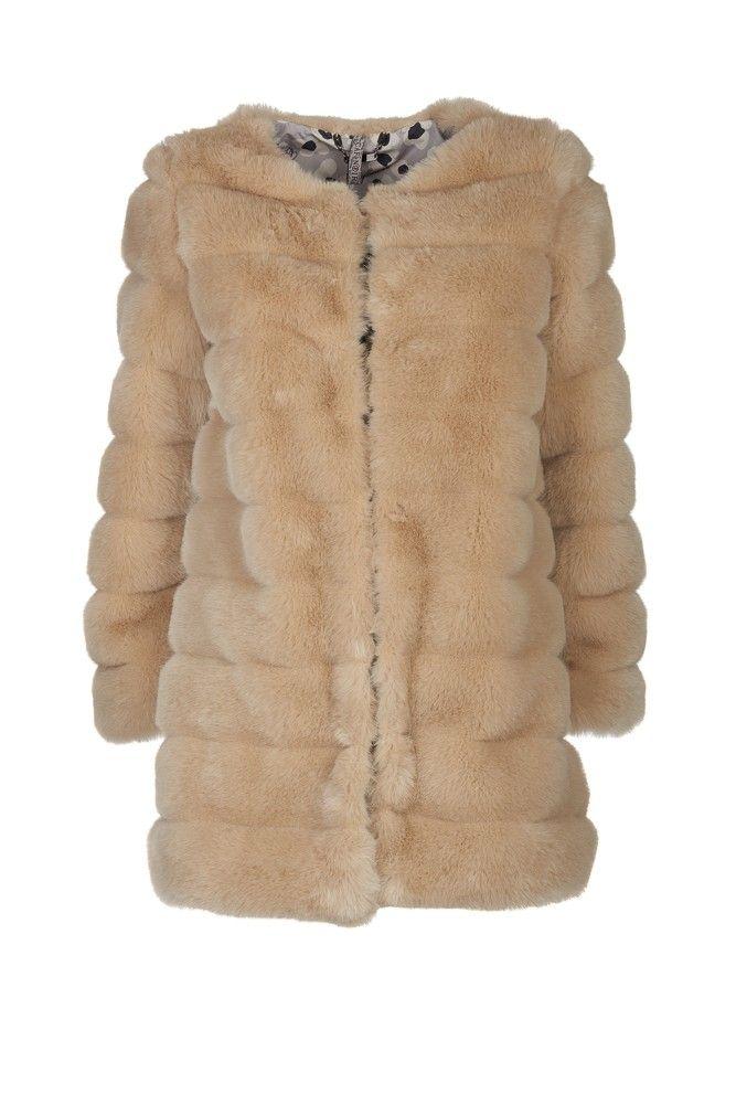 Cappotto in ecopelliccia - Scarpe, borse, accessori, abbigliamento donna e uomo