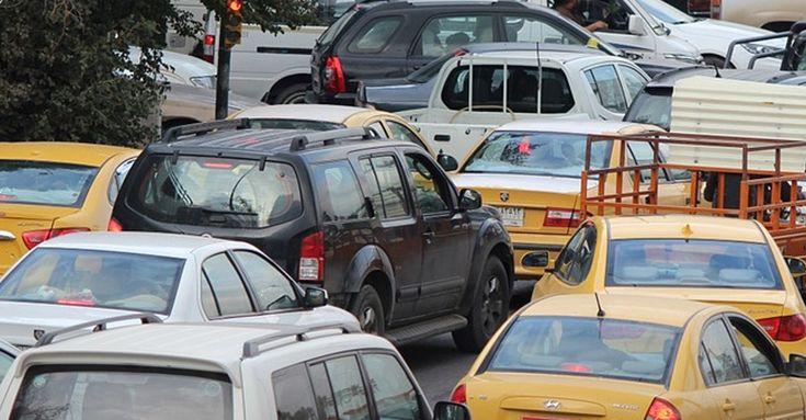 Desde el martes 1 de mayo, gran parte de los autos catalíticos no van a poder circular por las calles de Santiago.