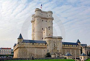 Francie, Paříž: Památky Paříže, modré nebe a Chateau de Vincennes