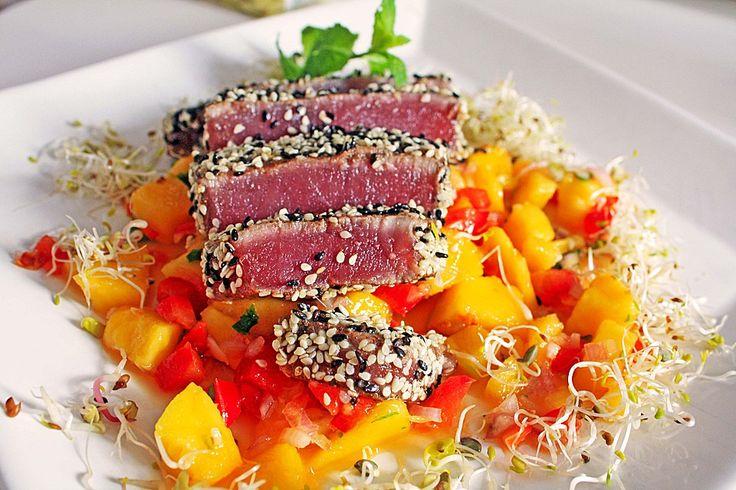 Thunfischfilet in Zimt - Sesam - Kruste auf Chili - Mango - Salat, ein gutes Rezept aus der Kategorie Gemüse. Bewertungen: 109. Durchschnitt: Ø 4,8.