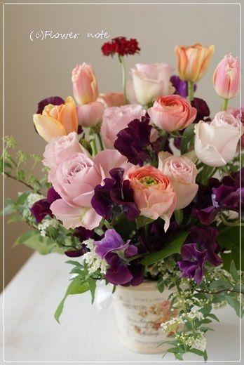 『【今日の贈花】新築のお祝い花』 http://ameblo.jp/flower-note/entry-11793978063.html