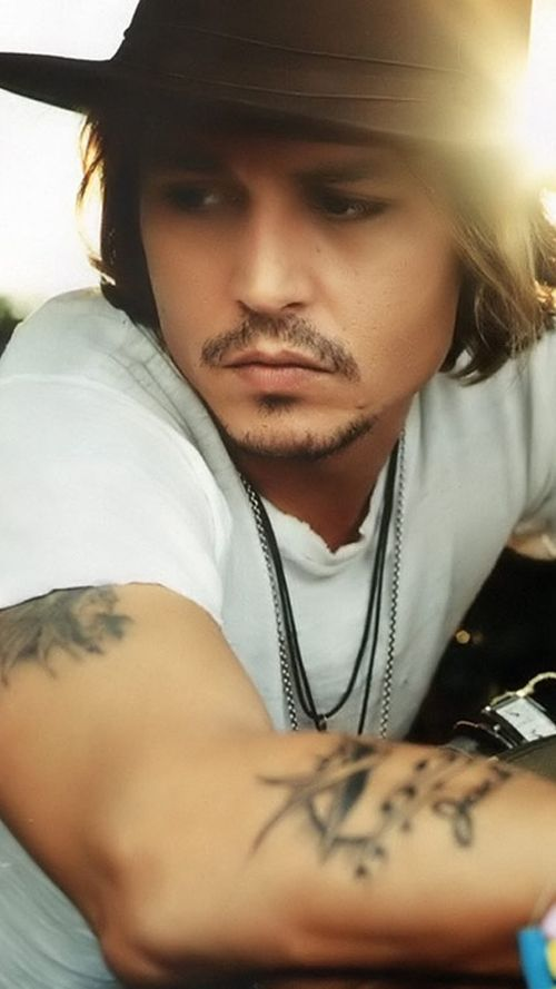 Johnny Depp- one of my favorite pictures of him