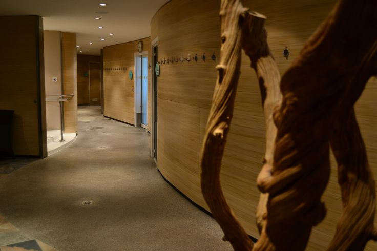 #Woodn #Ornans can bend and fit #curves to suit your #design needs.