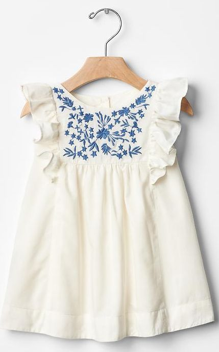 embroidered dress - bordado mamá