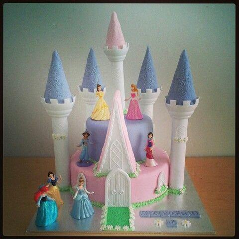 Disney Princesses Cake Wilton Castle