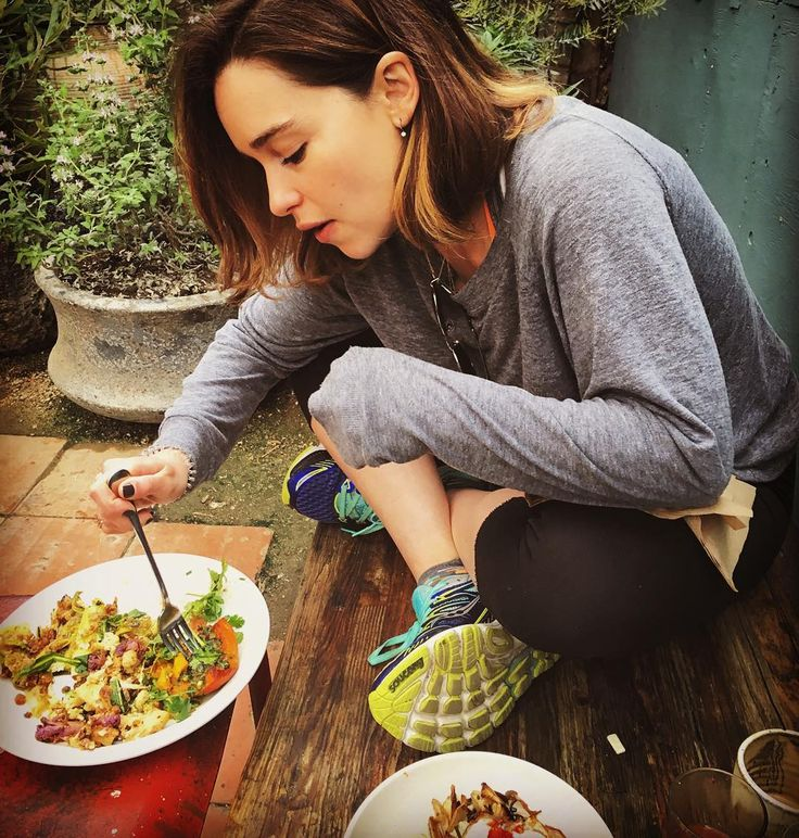 """""""The lesser spotted Emilia found grazing so intently on her insane in the membrane deliciousness of @gjustabakery she has actually stopped talking.…"""""""