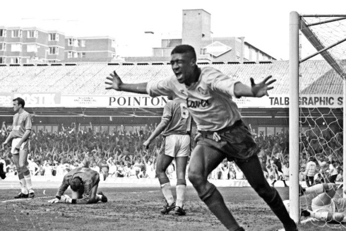 Sheffield United v Leicester City - 5 May 1990  Brian Deane ecstatic after scoring and putting United firmly on the road to promotion.