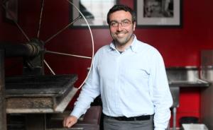 Italian vitner Pasquale Petrera of Primitivo Fatalone http://www.fatalone.it/