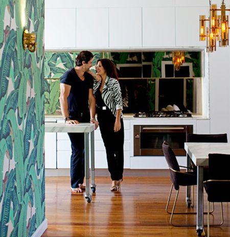 Simone Giorgi Sydney 1950s beach home Martinique wallpaper white modern kitchen carrera marble