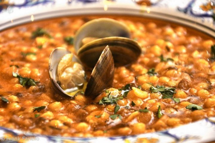 Fregola con arselle (Fregola with Baby Clams)