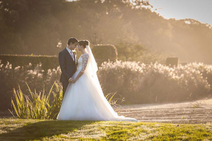 Erwin Beckers fotografie verzorgt bruidsfotografie en loveshoots. Met oog voor sfeer, emoties en details. Spontaan, ongedwongen maar toch romantisch. Al die leuke, gekke, emotionele en romantische momenten stijlvol in beeld.