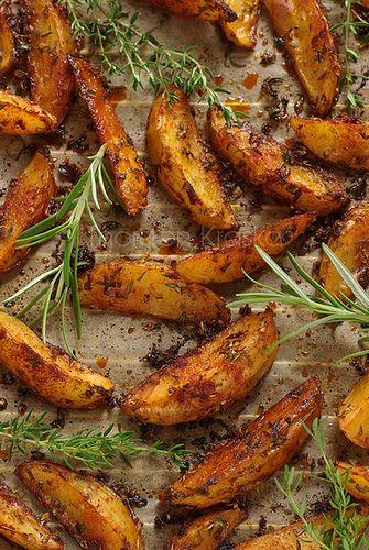 patatas horneadas con especias y hierbas aromaticas, delicioso aperitivo !!! Potato Tapas