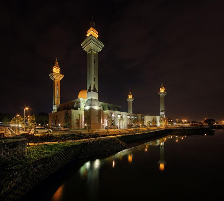 masjid bukit jelutong night photo
