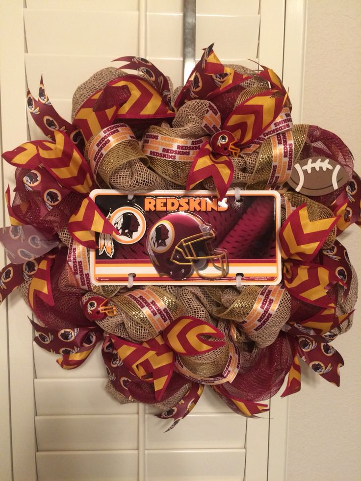 Cute Redskins wreath perfect for the front door of any fan! #HTTR