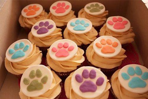♥Baileys and coffee cupcakes with little dog footprints♥ Cupcakes de Baileys y café con huellas de perrito♥