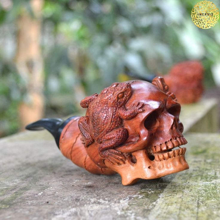 Hand Carved Wooden Tobacco Pipes Skull with Frogs Carving Ebonit Stem #5