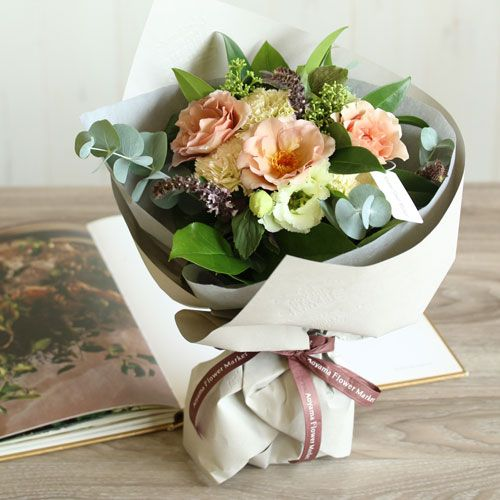 バラとリシアンサスのミスティピンクブーケ | 花・花束の通販|青山フラワーマーケット