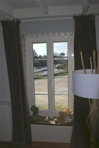 d coration murale comment cacher un coffre volet roulant. Black Bedroom Furniture Sets. Home Design Ideas