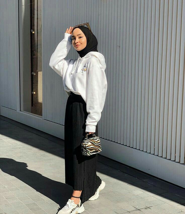 Pin Oleh Mona Ibrahim Di Clothes Pakaian Fashion Gaya Berpakaian Pakaian Swag