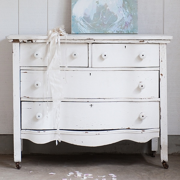 Rachel Ashwell Shabby Chic Couture   White Scalloped Dresser. 61 best Rachel Ashwell images on Pinterest