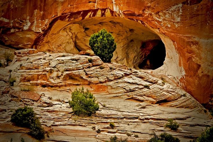 kanab  utah cave