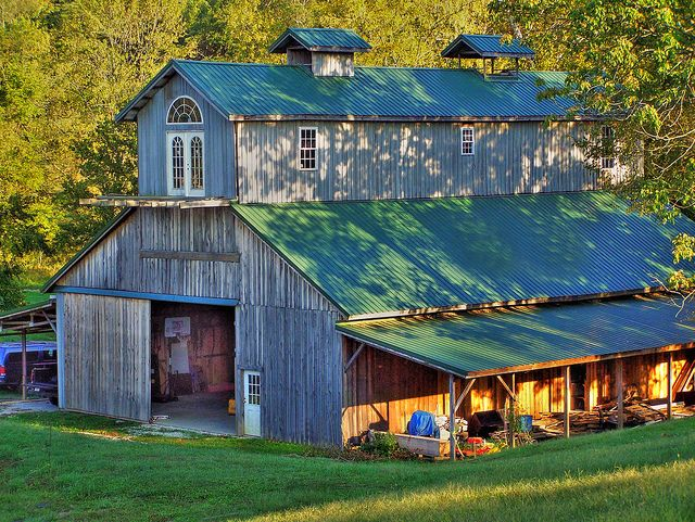 Southern Indiana Barn by Mountain Man JC13 ~ Love it!