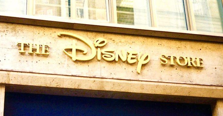 insegne Napoli, insegne per negozi Napoli, insegne negozi Napoli, insegne negozi The Disney Store Napoli