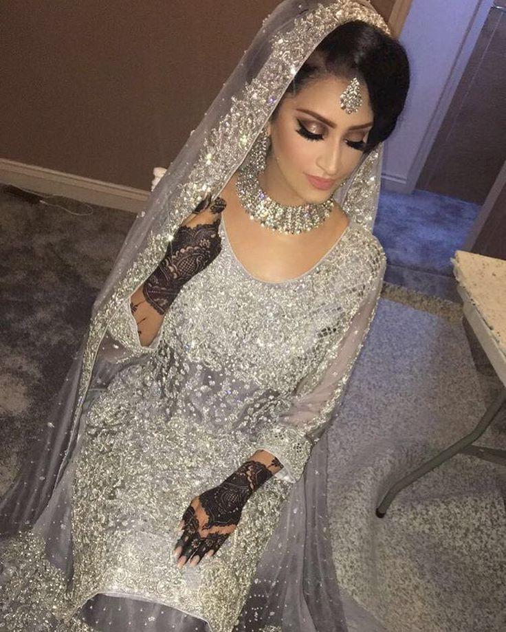 "7,219 Likes, 84 Comments - ⠀⠀⠀⠀⠀ ⠀⠀⠀⠀⠀ ⠀⠀⠀Saadiya Rahman (@saadiya_rahman) on Instagram: "" Love everything about this bridal look ❤ Hair and makeup by @saadiya_rahman For more makeup…"""