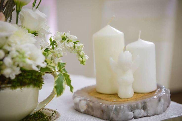 Shabby vintage wedding; teacup flowers centerpiece by Atelier Floristic Aleksandra concept Alexandra Crisan
