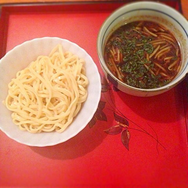 うどん乾麺を重曹入りのお湯で茹でて、つけ麺風にしました。^_^ - 29件のもぐもぐ - うどん乾麺で、なんちゃってつけ麺 by Masaki0608