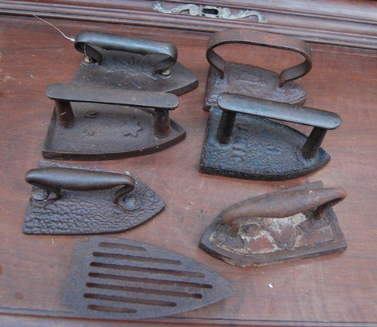 Set 6 ferri da stiro da collezione piu' base ferro in ghisa