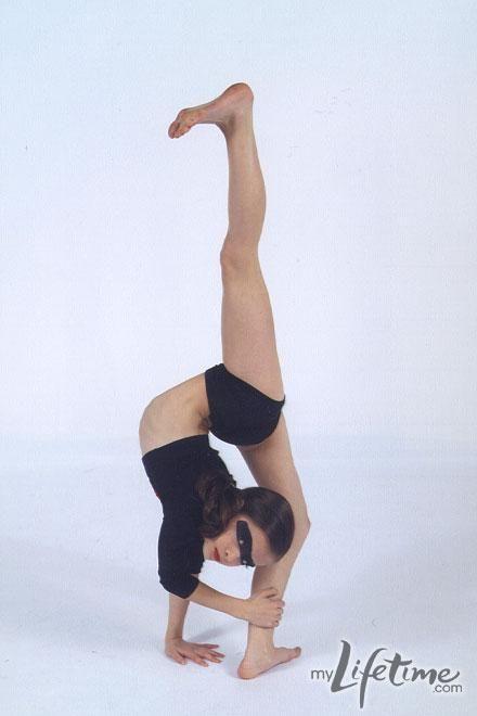Dance Moms star, Brooke in personal dance photos! go brooke!