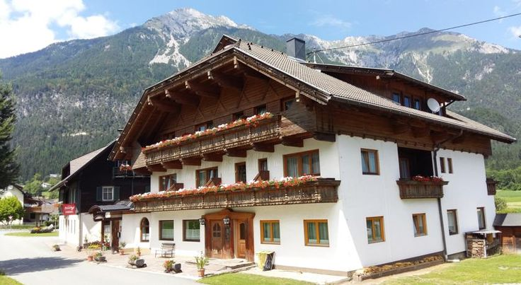 Pension Marienhof Hermagor Surrounded by a scenic mountain landscape, Pension Marienhof is located in Untervellach, 2 km from Hermagor and a 10-minute drive from Lake Pressegg. The Nassfeld Ski Area is 12 km away, and a free ski bus stops a 1-minute walk away.