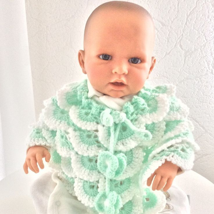 Baby poncho gehaakt, babymutsjes, babyslofjes, pasgeboren, baby cadeau, baby shower cadeau, kerst cadeau baby, diverse kleuren en maten. baby gift newborn, baby poncho crochet, babyponcho,Christmas gift baby, baby beanie. Different colors and sizes.